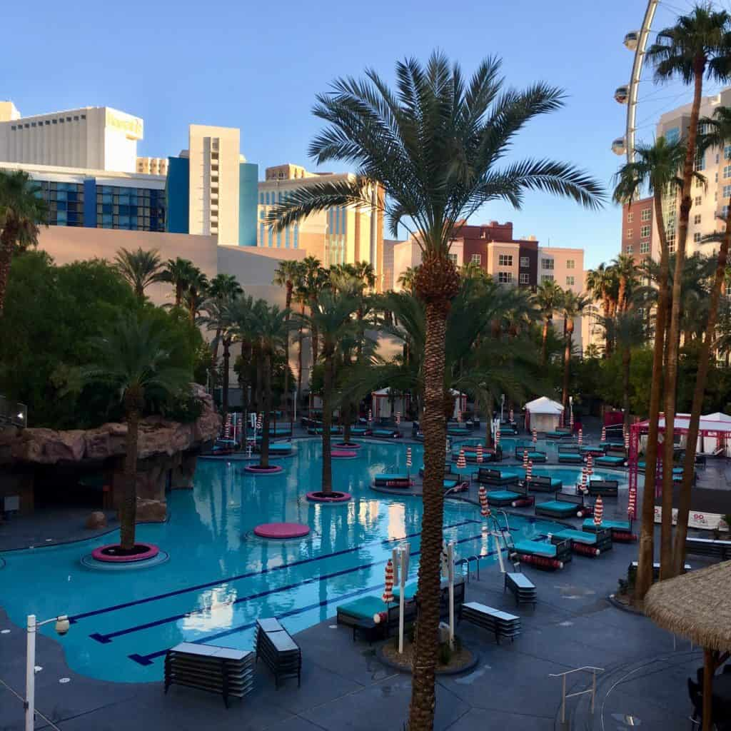 Las Vegas Pools That Non Guests Can Access 2019 Las