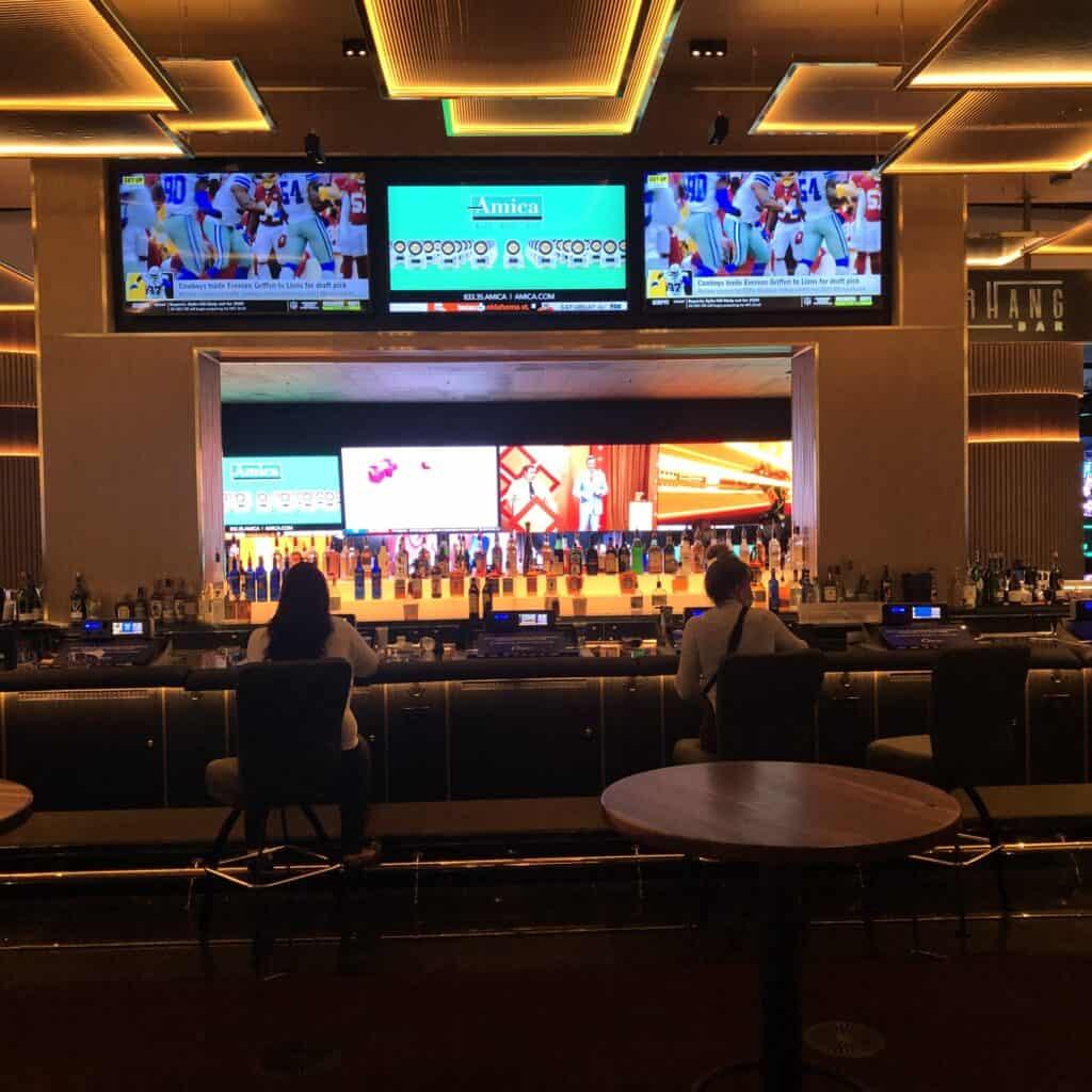 Overhang Bar at Circa Las Vegas