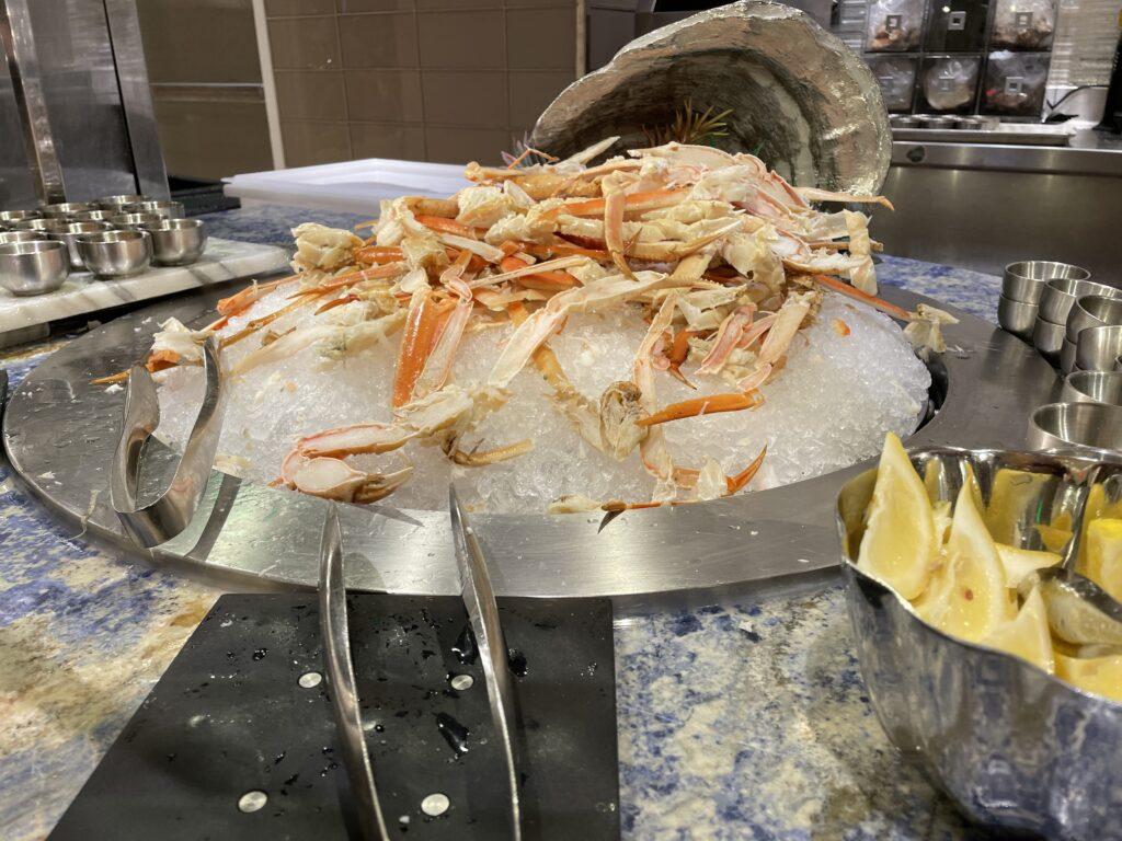 Cold Crab Legs at Wynn's Buffet