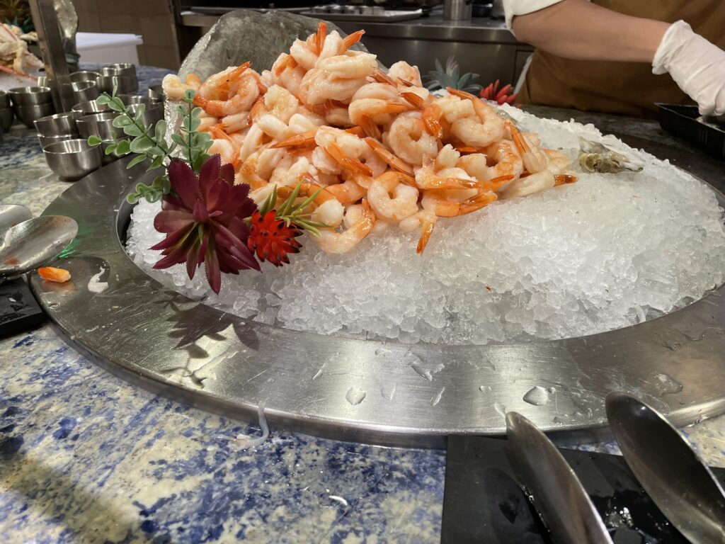 A pile of shrimp on ice